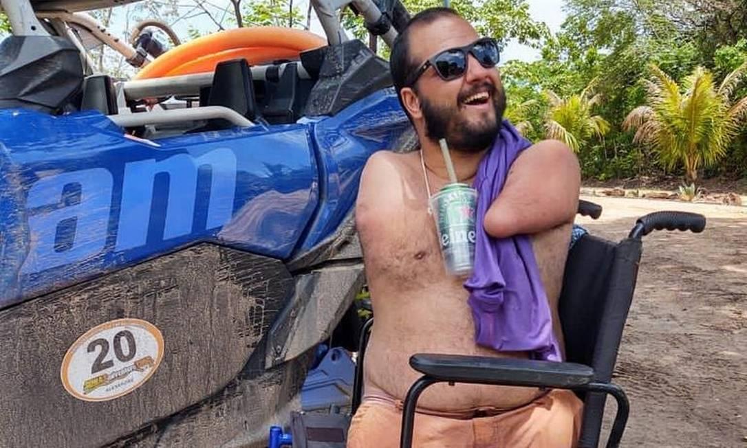 JBr Saúde #024: Ele não tem um braço. Não tem duas pernas. Mas tem disposição e coragem